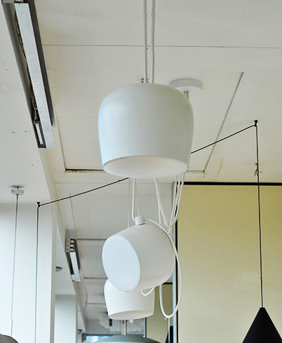 Aim sospensione flos illuminazione roma tulli luce for Flos lampade a sospensione