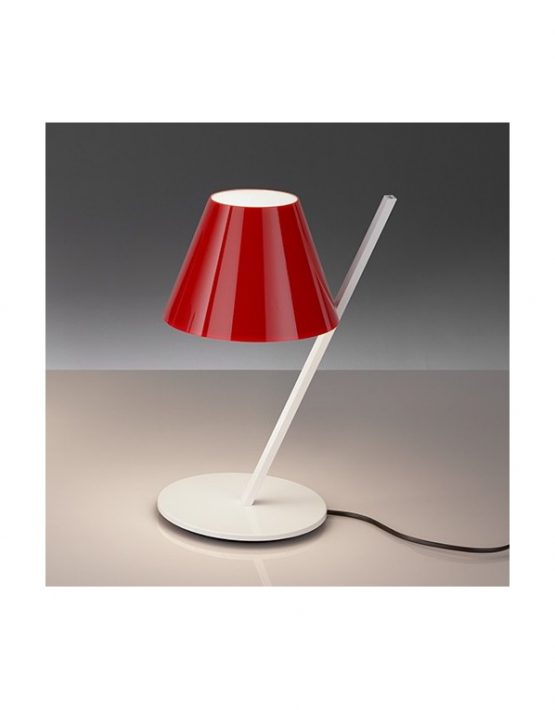 artemide-la-petite-lampada-da-tavolo