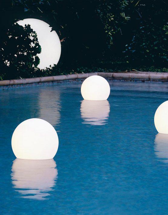 floating-lamp-lampada-galleggiante-acquaglobo-1-2